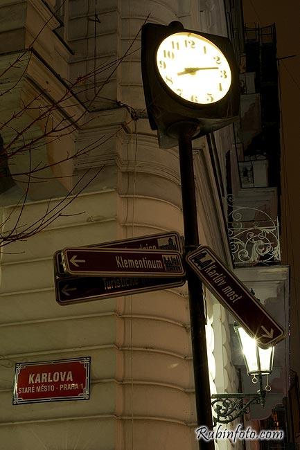 Prag_clock.jpg